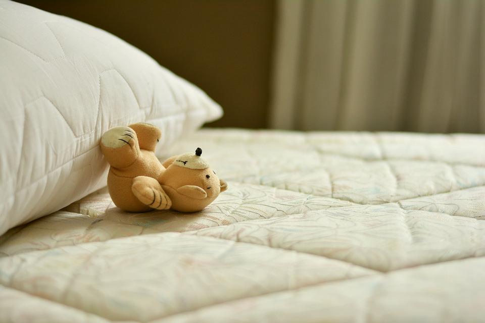 Réduisez votre mal de cou au réveil grâce à un oreiller ergonomique